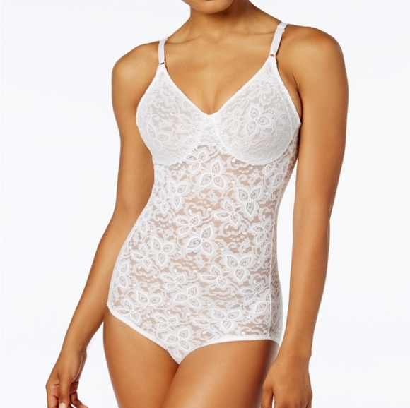 8e92fbaa320 Bali Other - BALI firm tummy control lace   smooth body shaper